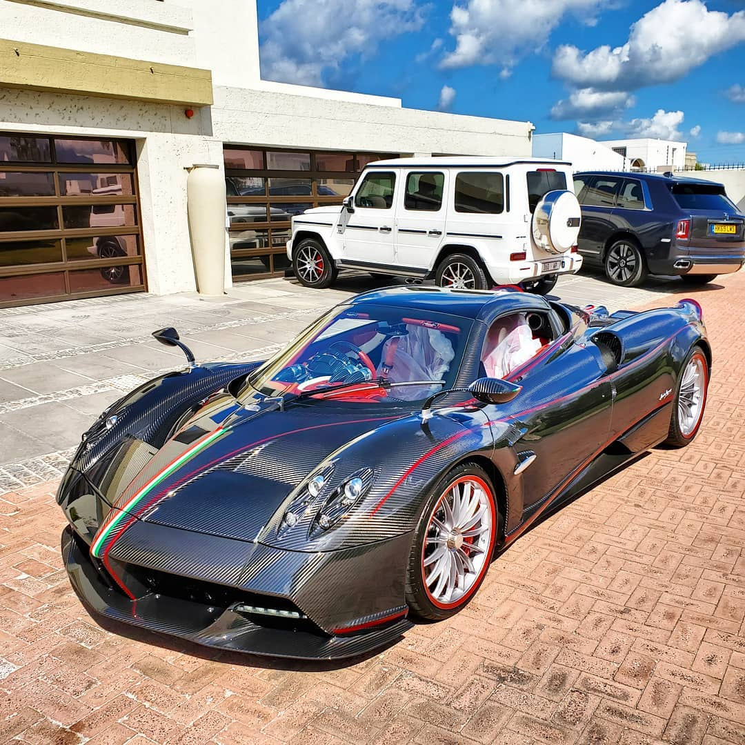 Carsr Art On Twitter R 58 9m Pagani Huayra Bc Roadster Spotted At Or Tambo Airport Delivery For Its Owner In South Africa Only 40 Units R 83 8m Pagani Huayra 1 Of 5 Was