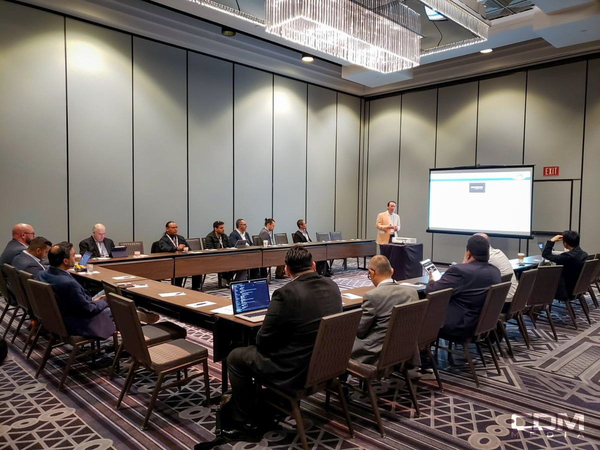 Andy Kim of Allstate leads a think tank about the growing gap in cybersecurity at our SoCal Summit today! Thanks again!  #CISOSoCal #CIOSoCal #CISO #CIO #CISOLA #CIOLA #cybersecurity #cybersecuritysummit https://t.co/gu3kNOjr1I