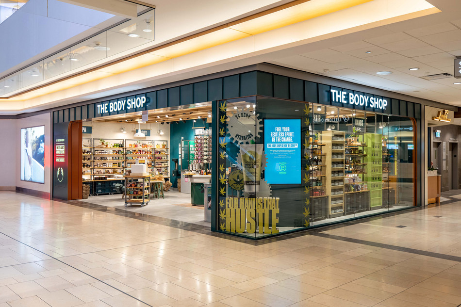 #BCorp @TheBodyShopCA has opened its new #conceptstore in #Vancouver. The store has been transformed into an #activist workshop that encourages visitors to explore, recycle products & discover how, together, we can fight for a fairer & more beautiful world https://www.newswire.ca/news-releases/the-body-shop-canada-opens-new-vancouver-concept-store-817683816.html…pic.twitter.com/1pMiFD7Qu7