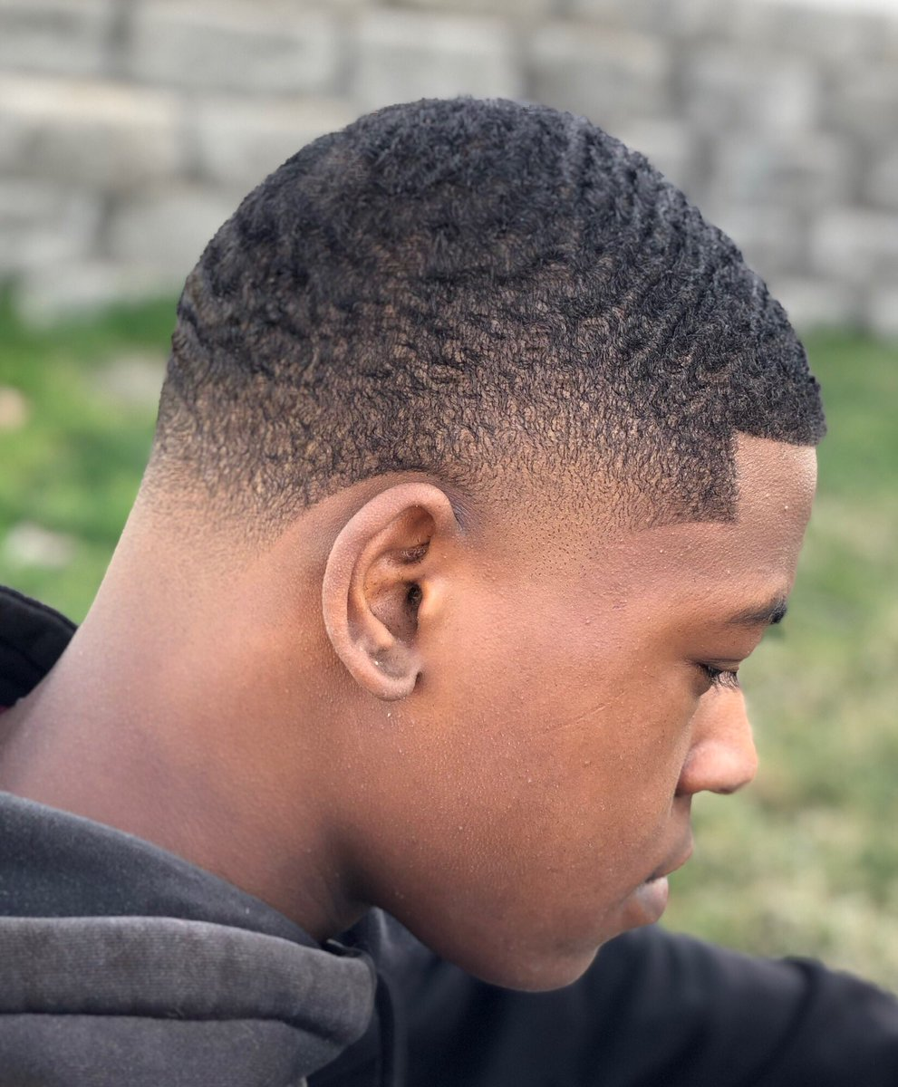 http://Fade2Perfection.com & walk-ins welcome  210 N.4th Ave & 1212 N.20th Pasco  OPEN 7 DAYS A WEEK! 509.947.4341  @fade2perfection1  #supportsmallbusiness #taperfade #taper #trubarber #wahl #wahlclippers #twistsponge #waves #micro0fade  @aphro_thelegend #pascobarbers#HIRINGpic.twitter.com/Sqt4F2vuOV