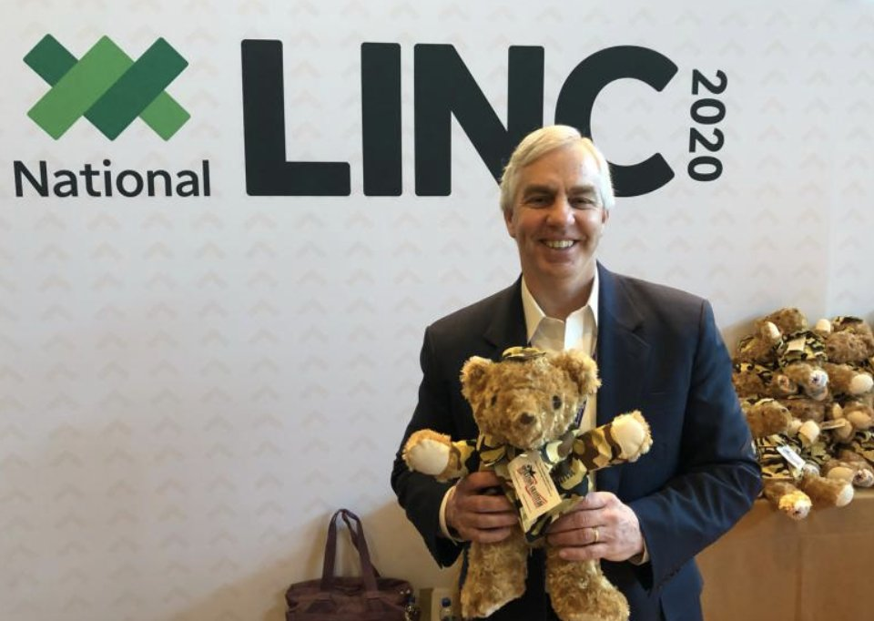Sanctuary Spotlight: Chief Information Officer Jack McCormack joined Sanctuary partner firms at @TDAmeritrade's #NationalLINC conference in Orlando and helped support Operation Gratitude by stuffing teddy bears for children of deployed military families. Go Jack! https://t.co/taZLXMotS7