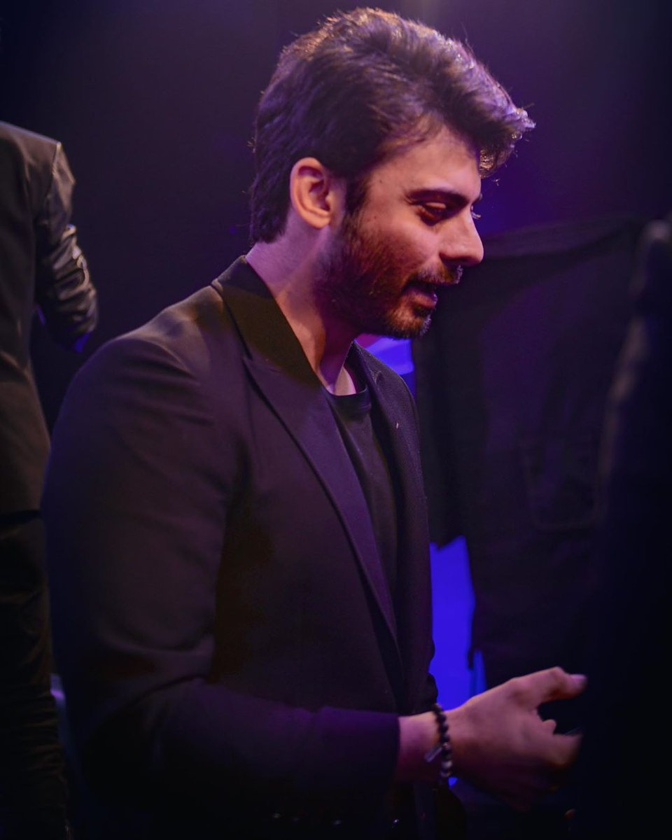 Unseen pictures of #FawadKhan from pepsico event. (1)