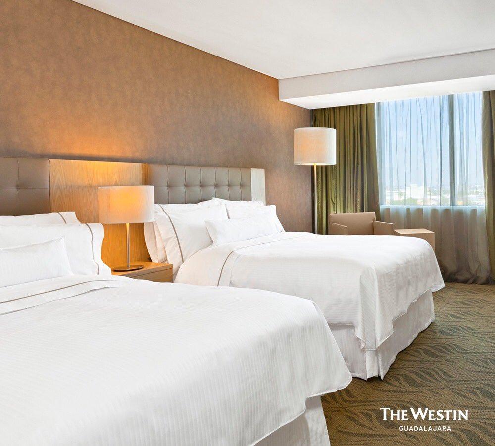 Nuestras habitaciones están listas para que descanses y puedas enfrentar un nuevo día. 😉    #WestinGDL #LetsRise  #SleepWell https://t.co/8CASJi4miw