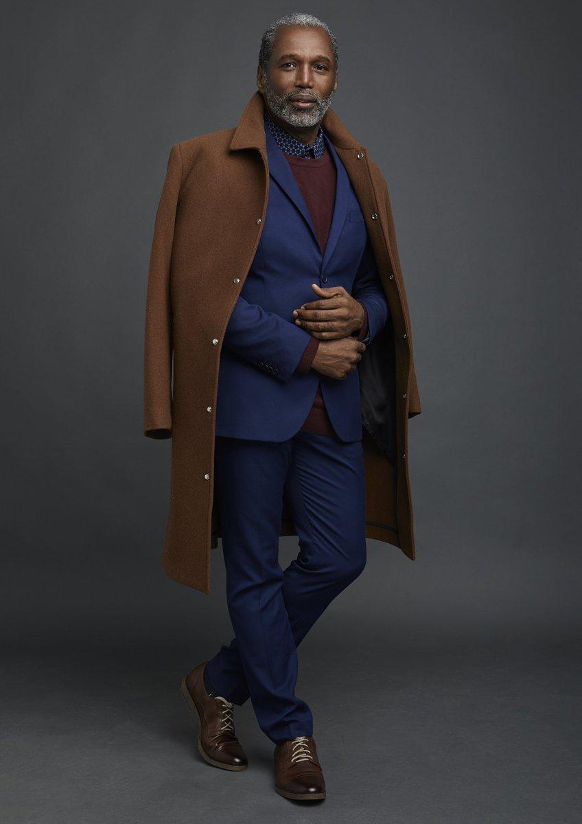 The Return of The Gentleman.  #menwithstyle #modellife #modeloverfifty #beardedgentlemen #BlackExcellence #nycactor #nycmodelpic.twitter.com/ia2FZjjrku