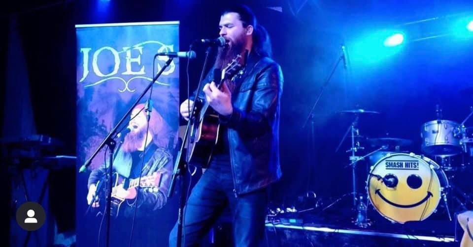 We're delighted that @DB_Promos @JoeSMusician will perform tomorrow night as support to Bagatelle in the Roast Maynooth from 8pm. Drop in for a super entertaining night. Tickets from; https://ticketstop.ie/event/3117/bagatelle-at-the-roost… #gigs #gigguide #Bagatelle #musicupdates #livemusic #irishmusicpartypic.twitter.com/5OJBxWUKEM