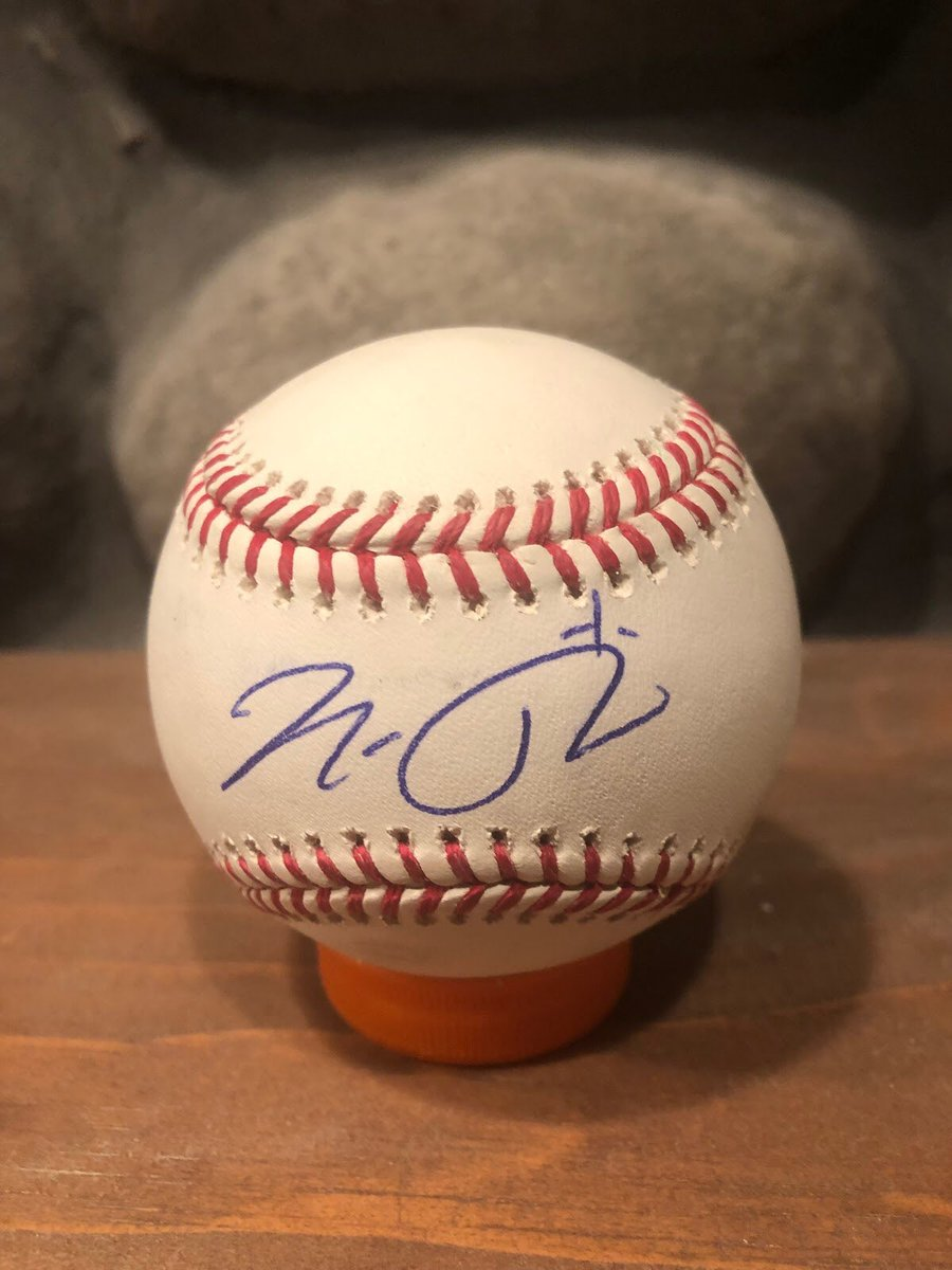 Happy 23rd birthday to future #whitesox 2nd baseman Nick Madrigal.  He signed this ball at #soxfest2019.  #romlb #mlb #1stroundpick https://t.co/doXtomtD73