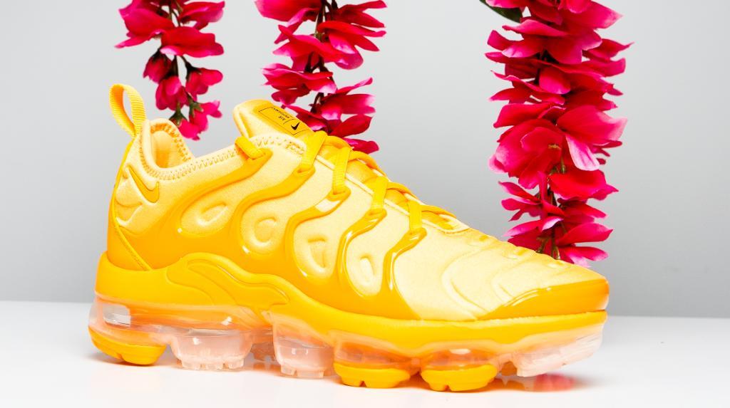 Nike Air VaporMax Plus 'Laser Orange