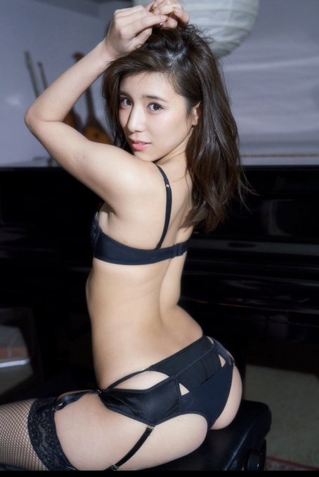 グラビアアイドル夏本あさみのTwitter自撮りエロ画像10