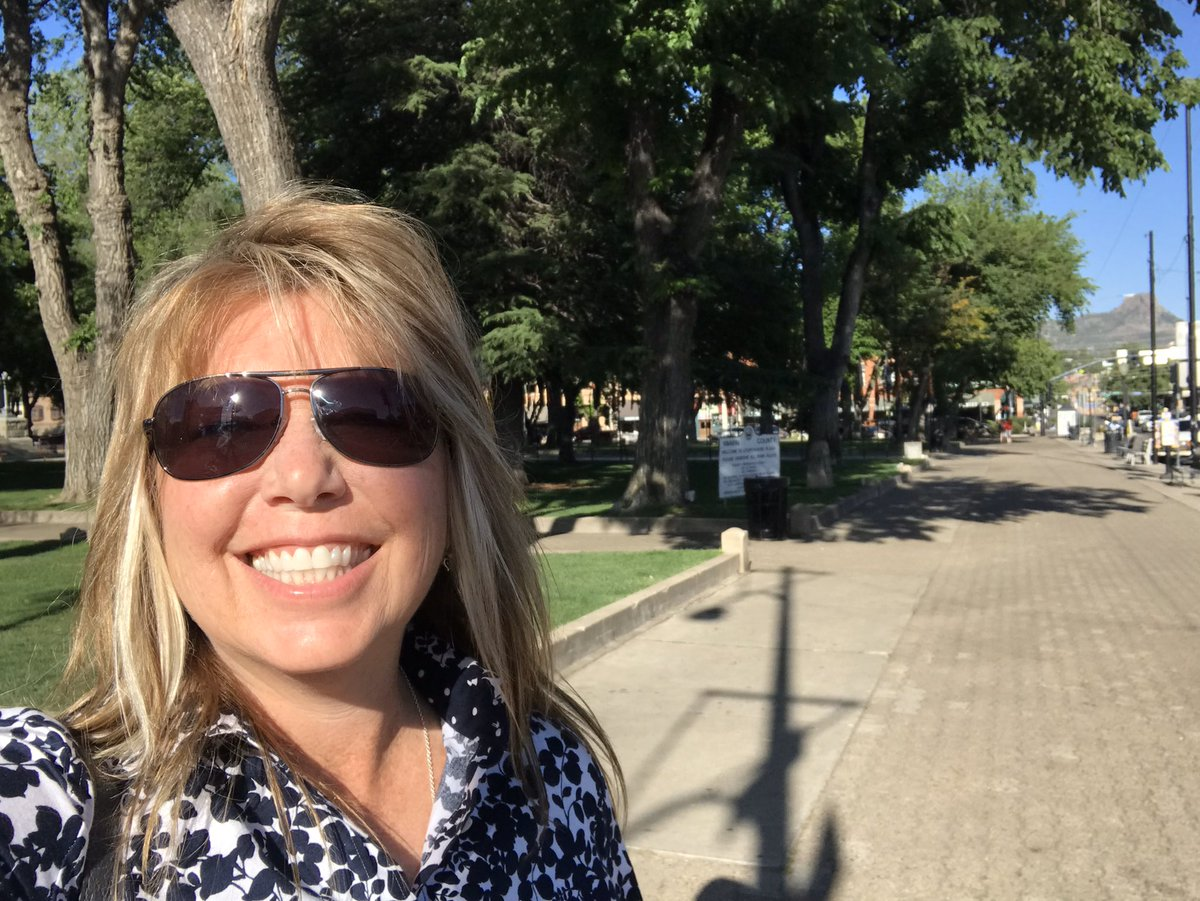 #Prescott #BradshawMountains #Wenatchee #ColumbiaRiver  #RVing RVing throughout AZ, relaxing by Wenatchee River, coffee, cafes, and lunch downtown Prescott.pic.twitter.com/PsajWOfBUA