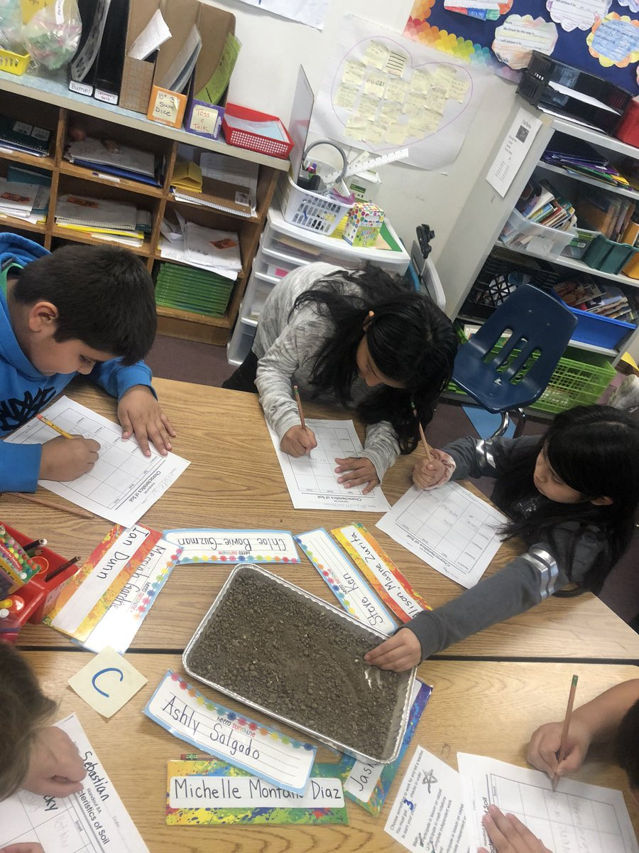 Investigating components of soil! <a target='_blank' href='http://twitter.com/BarrettAPS'>@BarrettAPS</a> <a target='_blank' href='http://twitter.com/APSscience'>@APSscience</a> <a target='_blank' href='http://search.twitter.com/search?q=kwbpride'><a target='_blank' href='https://twitter.com/hashtag/kwbpride?src=hash'>#kwbpride</a></a> <a target='_blank' href='https://t.co/8O8uJVQkWo'>https://t.co/8O8uJVQkWo</a>