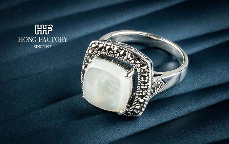 6 Bridal Wedding Ring Sets in Trends For 2020  Wedding Ring Sets Fashion Trend Wedding Ring Sets are one of the most beautiful jewelry items that act as a very important accessory for everyday wear.  .   #jewelry #jewelryblog #wholesalejewelry