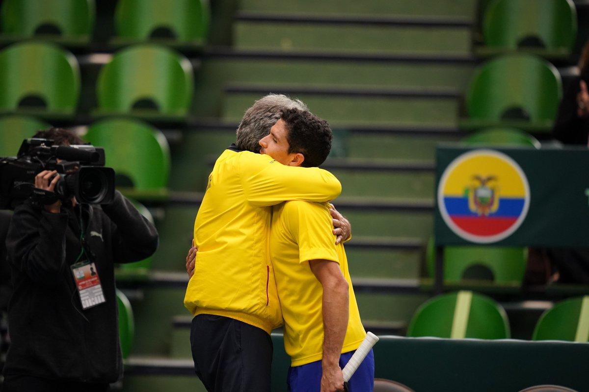 Ecuador is  point away from #DavisCupMadridFinals   @FETenis | #DavisCupQualifiers #byRakuten<br>http://pic.twitter.com/8OaKFZkzry