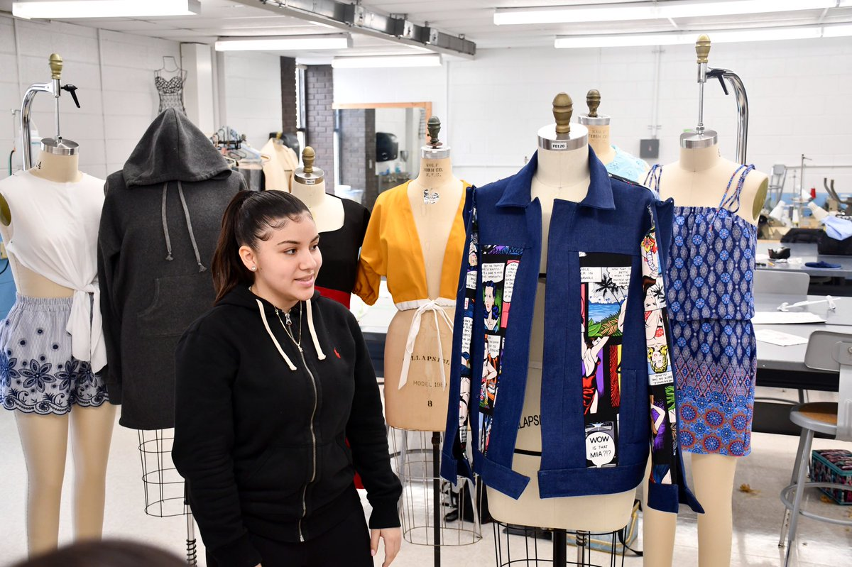 Saunders High School On Twitter Saunders Fashion Design 10th Grade Present Their First Ever Fashion Creations During A Critique With Mr Mota And Ms Barnes Cte Skillsusa Yonkersschools Https T Co 63ixu2xk90