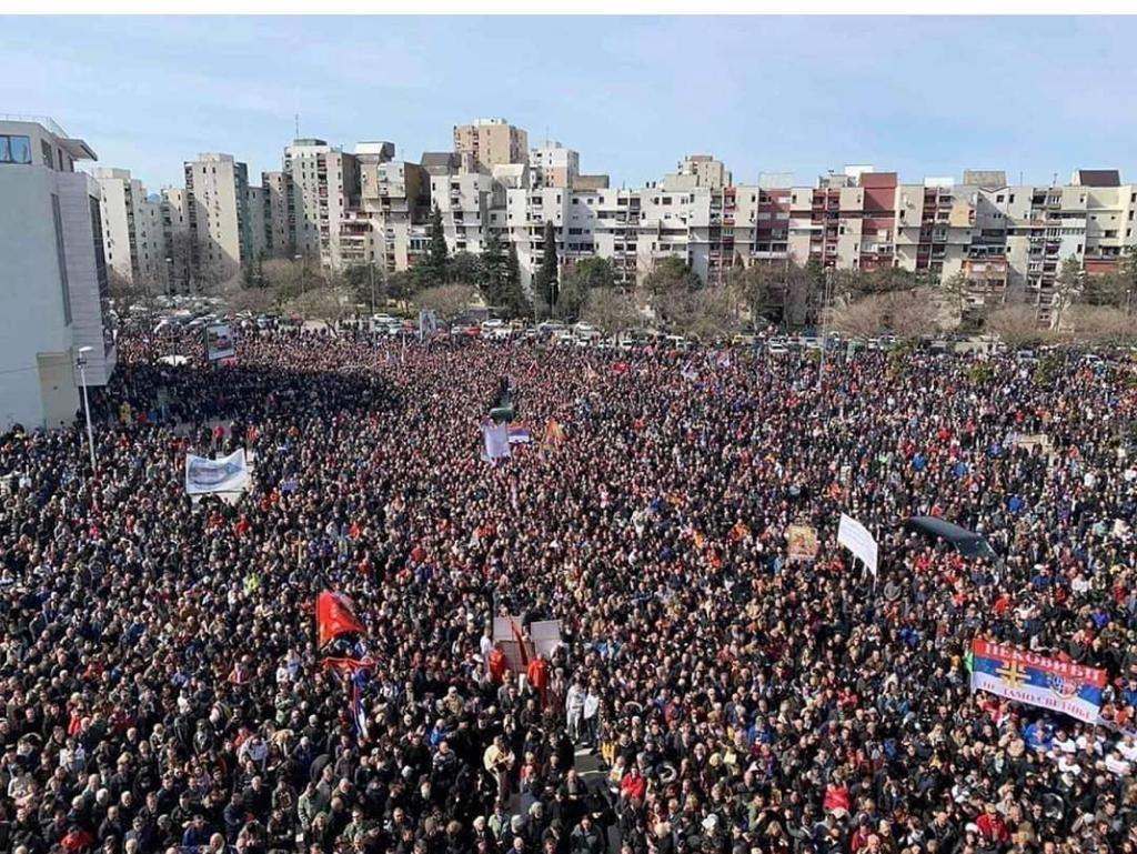 Поздрав и подршка за братски народ у Црној Гори pic.twitter.com/LZsMARzakZ