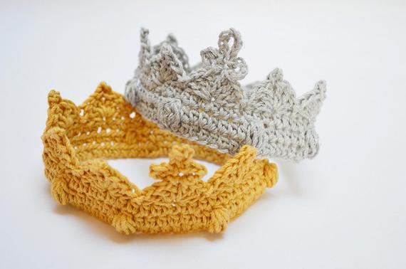 Crochet crown for Photo Prop Newborn Photography Prop Baby Princess Prince Gold