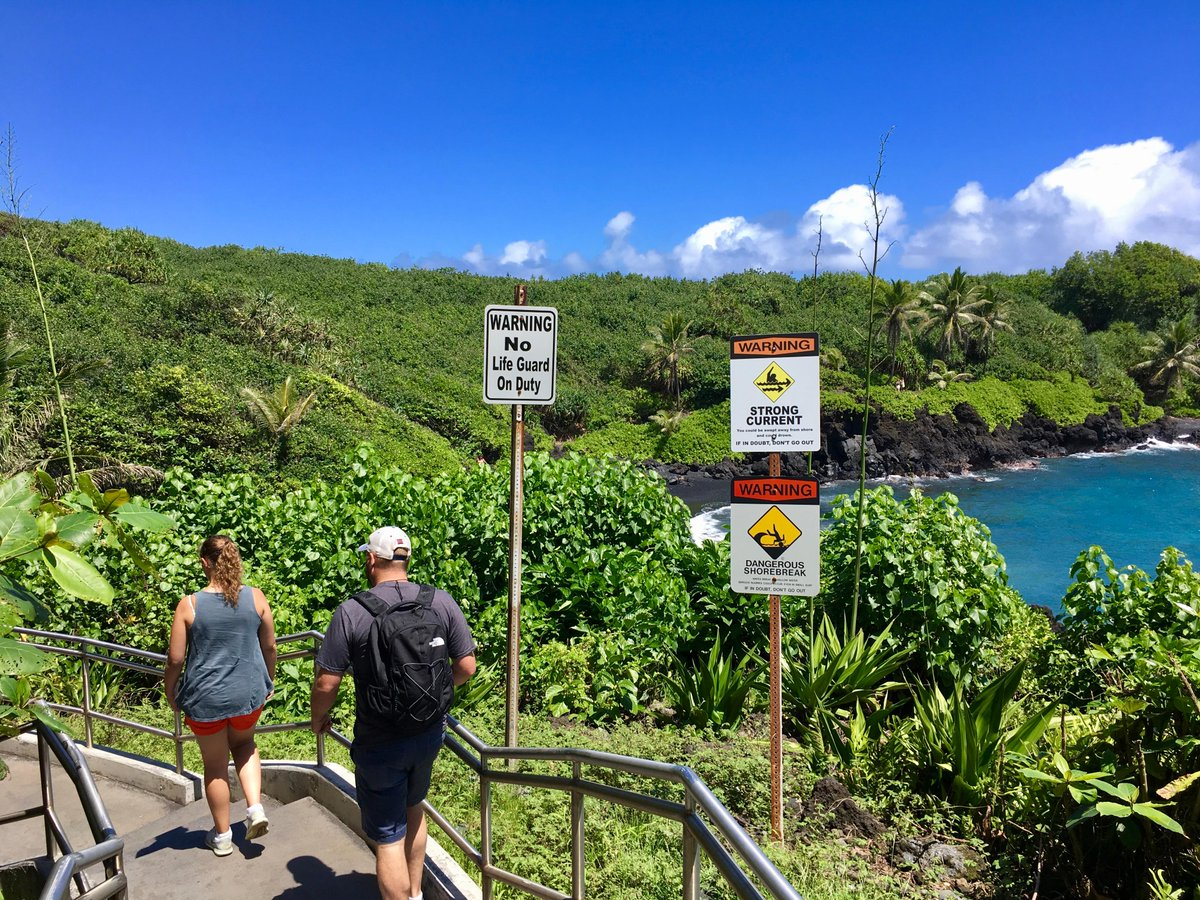 Hawaii's coastal areas are created by nature, and can be volatile and dangerous; always use common sense and remember: It's best to swim in areas where lifeguards are present. Always read all warning signs. https://t.co/5By7QU5Oqs & Code of Conduct: https://t.co/q80LXupk90 #Maui https://t.co/VQFQP83S7d