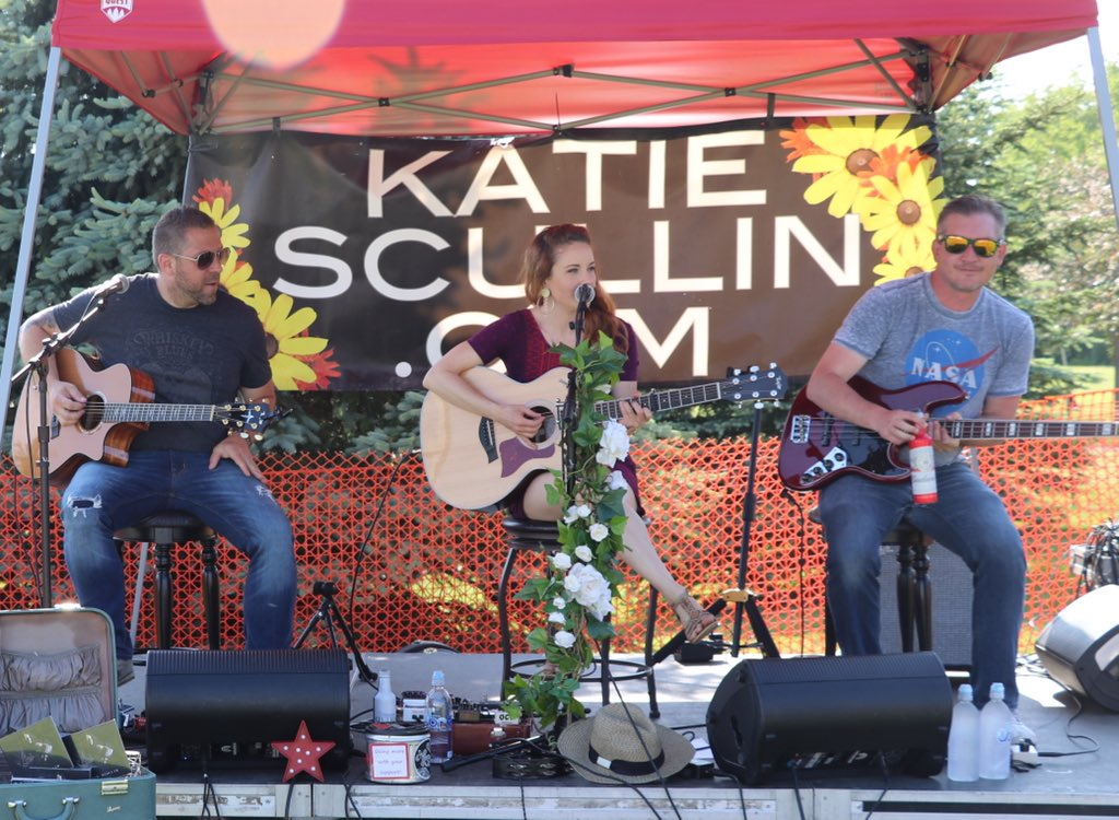 """We look forward to """"springing ahead"""" with you this Saturday from 8-11pm at Fort 88 Smokehouse. Free event! #Trio #Trifecta #DaylightSavingTime"""