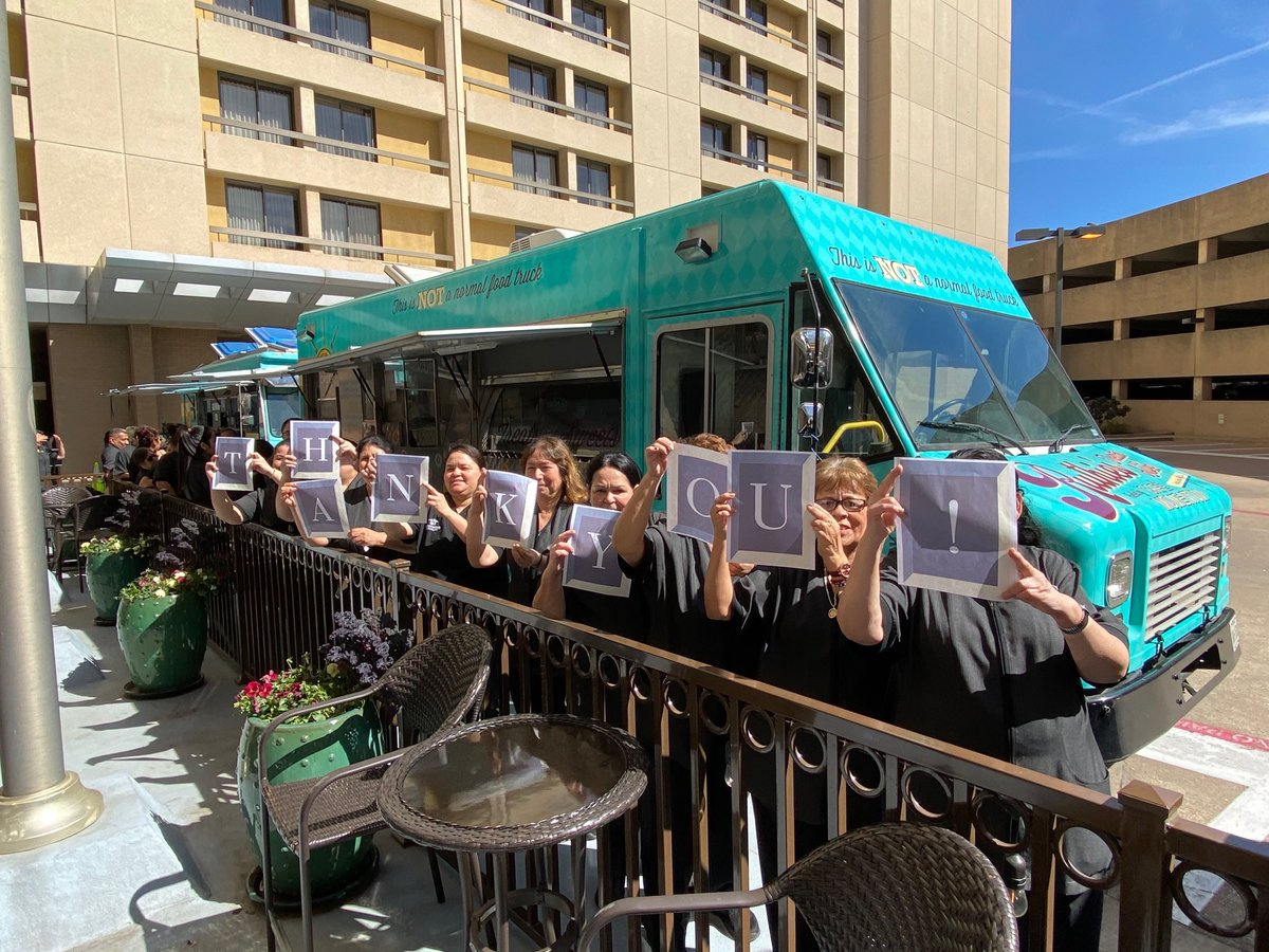 #NationalEmployeeAppreciationDay was sure celebrated well for the #employees of @HyattDFWAirport! #FueledByGood https://t.co/QWkpfx8TxL