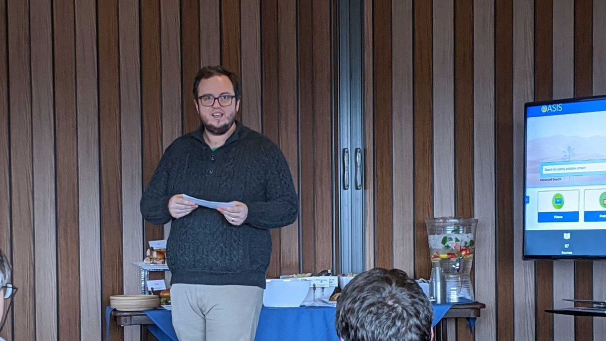 Thank you to all who attended the #OEWeek Luncheon on 3/4! We are so grateful to our passionate faculty working hard every day to empower their students through open. #Geneseo #MilneLibrary https://t.co/fsIdpToDn0