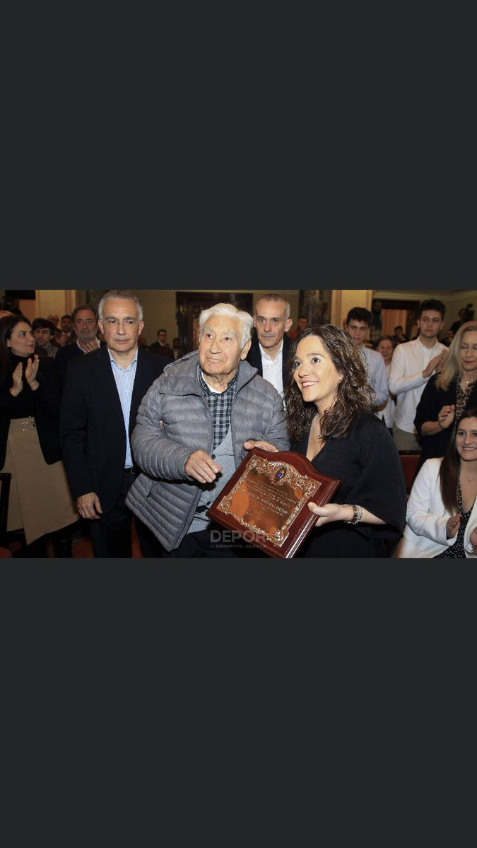 Gallina en piel. Parabens mister @RCDeportivo https://t.co/WaEw3cLPsh