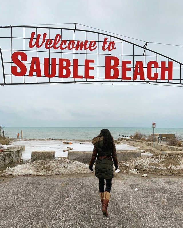 @hello.sunshine.vacations Enjoying the Sauble Beach Life! . . . Can we just fast forward to June!!! I need some vitamin D #bringbacksummer  #hellosunshinevacations #saublebeach #brucepeninsula #beachin #travelgirlshub #travelgirlstyle #peacefulplace #… https://ift.tt/2Iv5Fuspic.twitter.com/C2j2tjpnbG