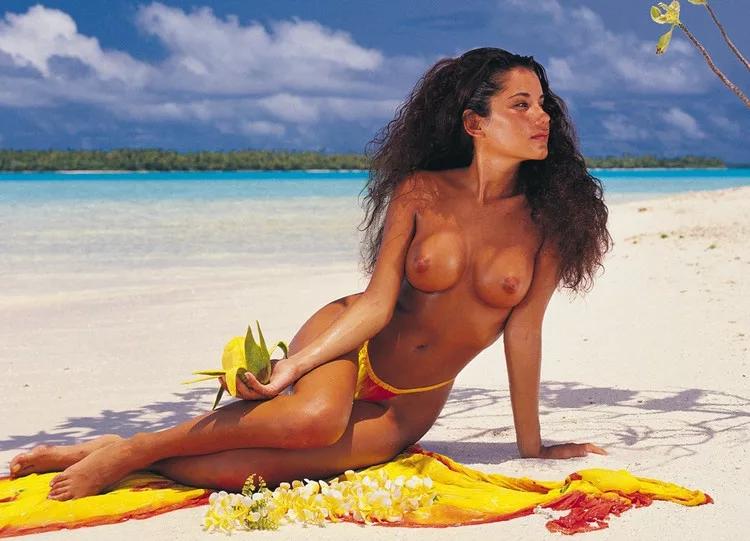 Naked tahita woman photos