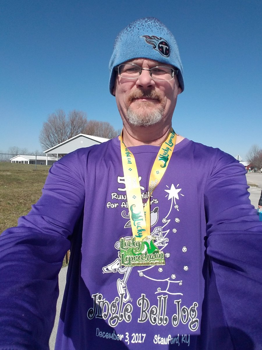 2:02:10 in the Lucky Leprechaun half,  shaved 13 minutes off my time from 2 years ago ... really pleased at the time ... half marathon number 22 in the books. #keepittight #hshive #honeystinger #stingorbeestung #fuelmadesimple #sweetentheburn<br>http://pic.twitter.com/ykOKTzBoic