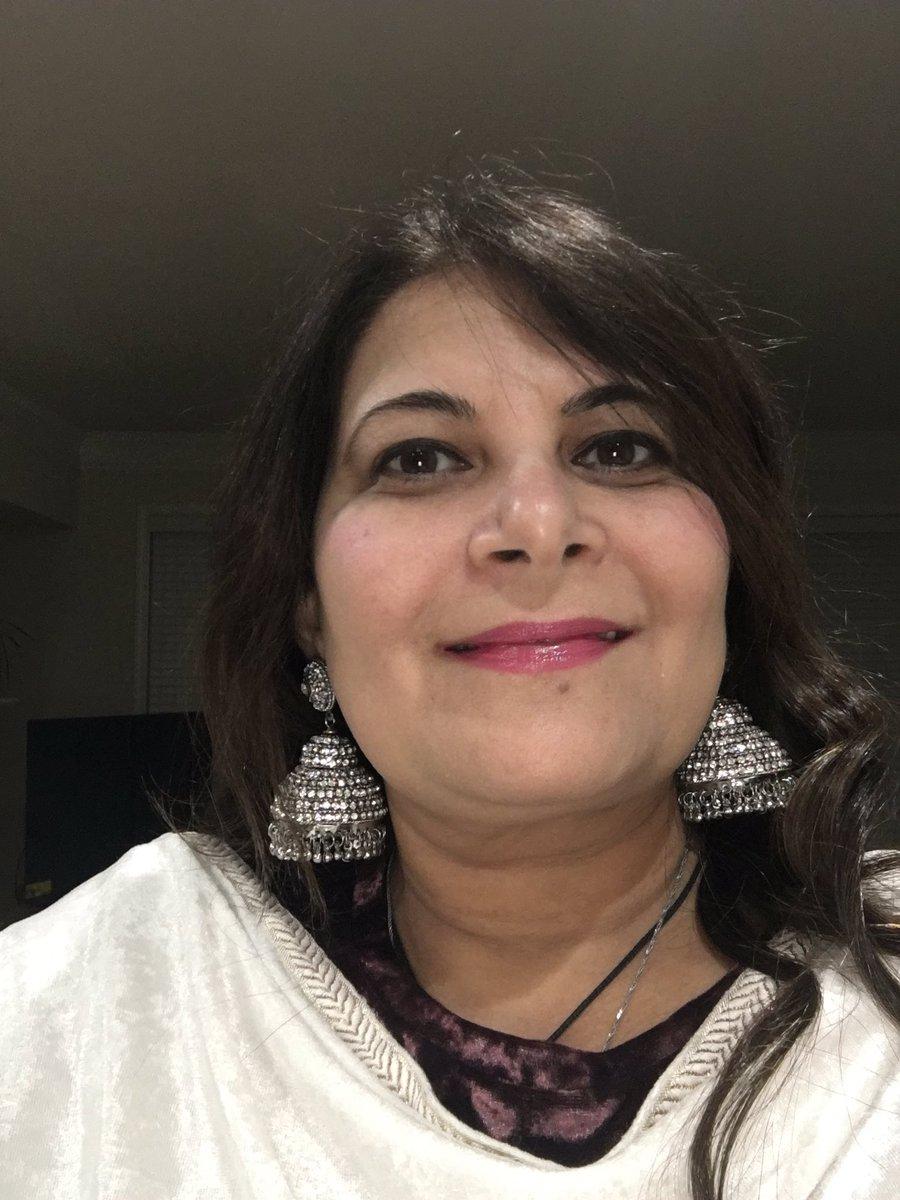 Ye din mein Hui kaise Chandni ☺️ #Chandni #JhumkaTwitter  #Happybirthdaytome #birthdaygirl #BirthdayCelebration #SaturdayMood #SaturdayVibes #saturdaynight #moonlight