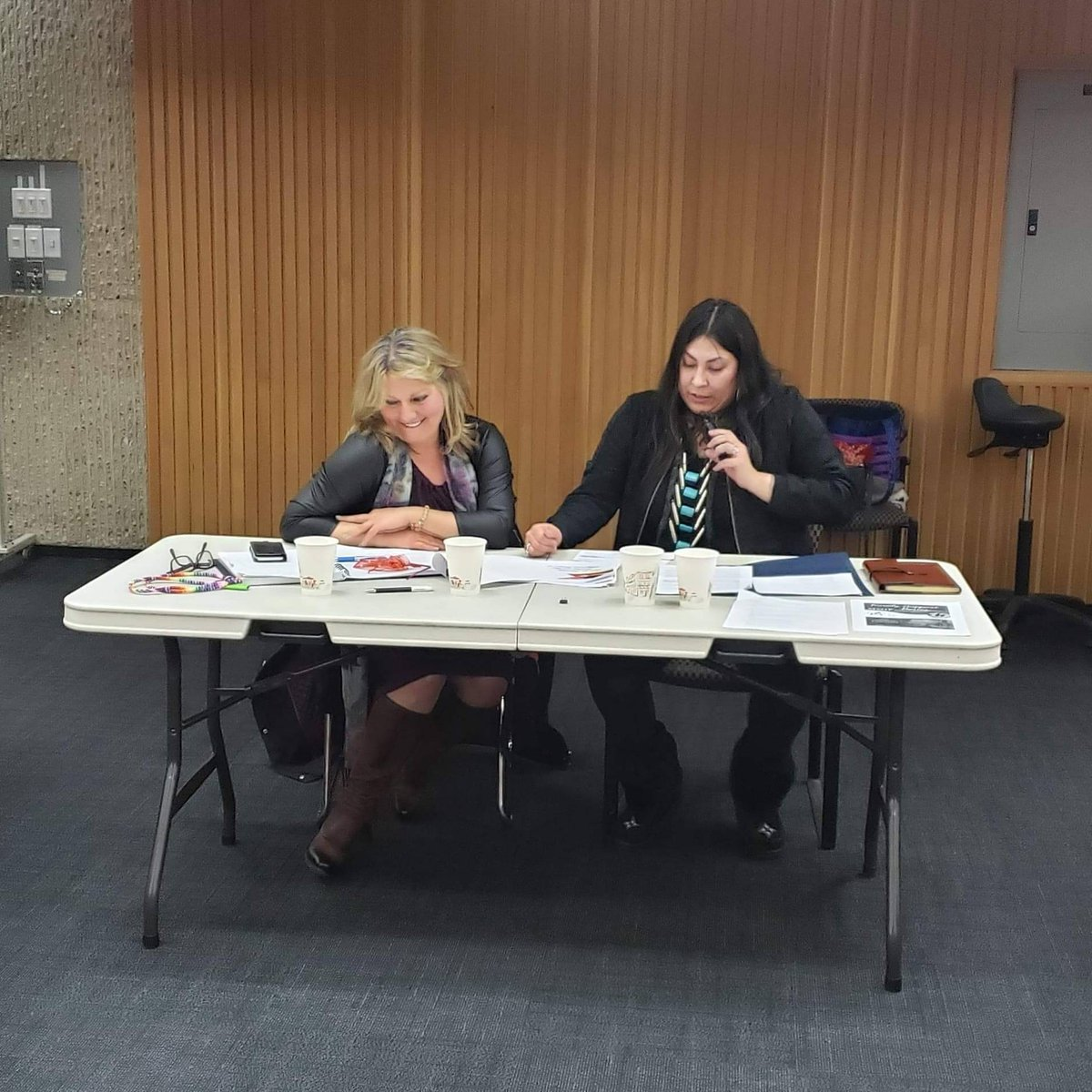 Thursdays powerful talk saw MMIWG survivor Stephanie Harpe and lawyer Lisa Weber discuss the victimization of indigenous women by the Justice system. We are so thankful to these speakers for sharing and SINGING for attendees of #ILSASpeakerSeries2020