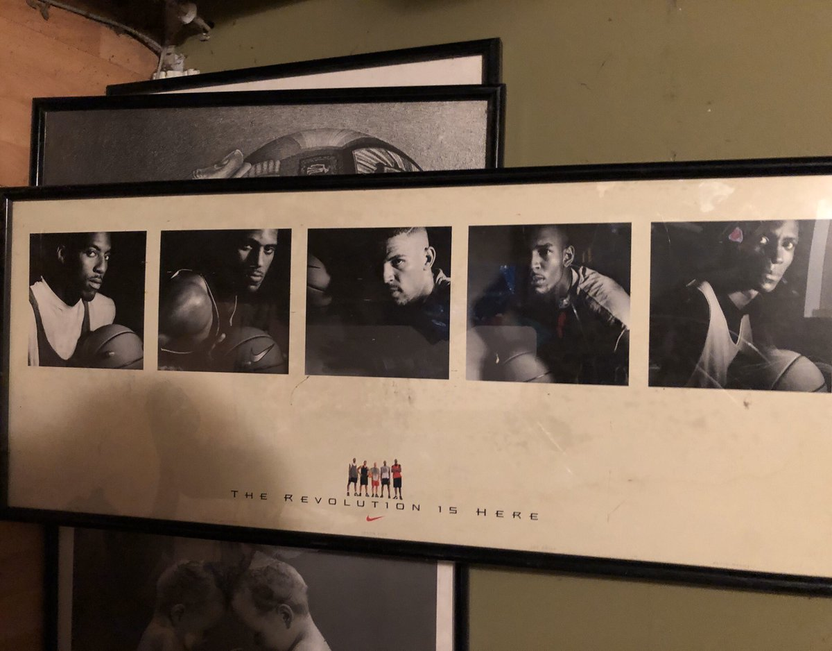 Doing some cleaning and found this framed poster of the REVOLUTION. Eddie Jones, Jim Jackson, Jason Kidd, Joe Smith, Kevin Garnett. https://t.co/sWHZYVJYA6