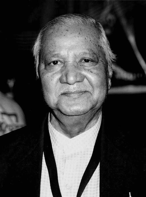 Tributes to #ManohariSingh, the maestro of saxophone & one of Indian film music's true unsung heroes, on his birth anniversary.  Hewas one of the greatest saxophonists of the Indian film music industry & also a close associate and assistant of legendary music composer #RDBurman.pic.twitter.com/ssIARcQYBV