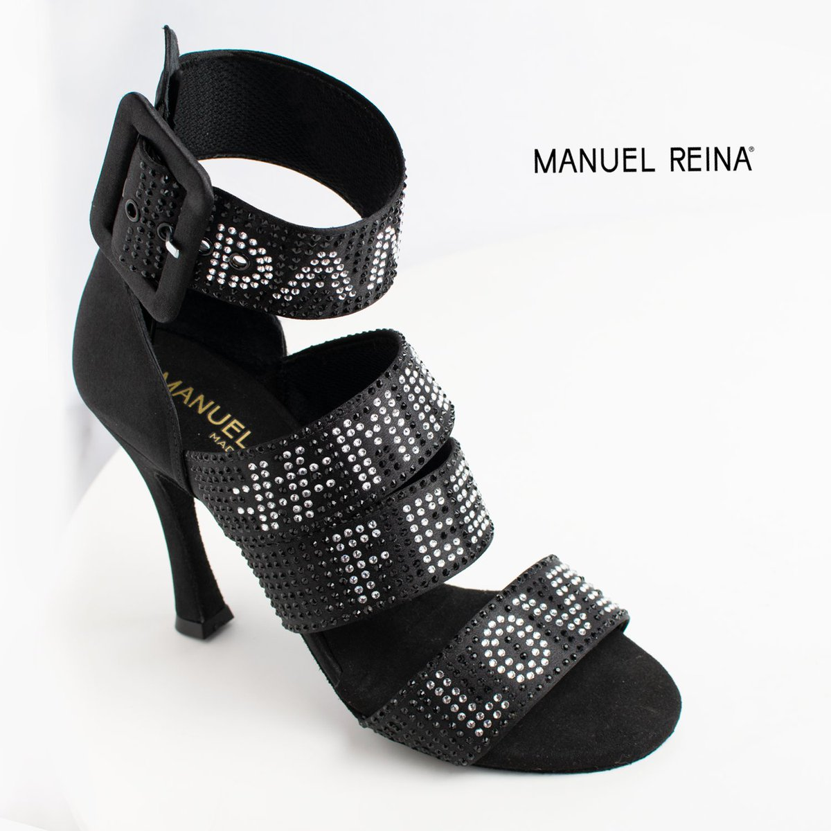 When your dreams come true Mod: Obsession B  Price: 195€  Authentic Handmade Shoes  • • • #salsa #bachata #sandals #baile #pumps #danza #merengue #sandal #manuelreina #mnlrnshs #shoes #dance #kizomba #madrid #bailar #danielydesireeoficial #kizomba #latinas #dancerspic.twitter.com/aiab1mqSr0