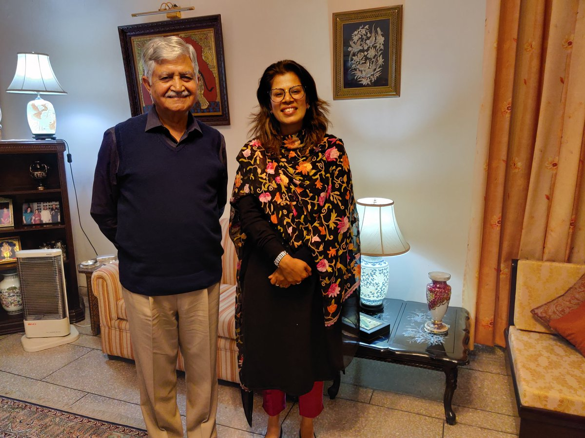"""Ved Malik on Twitter: """"With Captain#ruchisharma. Proud of having enabled  her to break a glass ceiling and become first woman officer para trooper in  1998-99. Changed rules for women like her.… https://t.co/BGCAFhZcOK"""""""