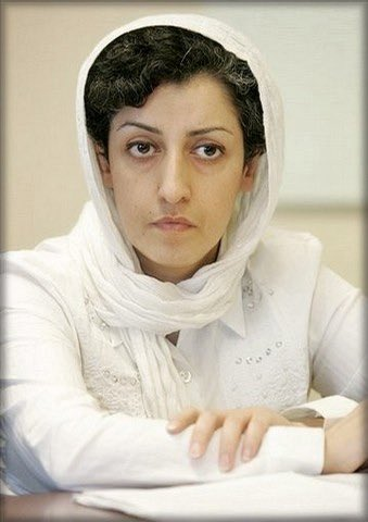 We respectfully ask you dear @mbachelet to take action and ask #Iran to take #NargesMohammadi back to Evin prison. #IWD2020 #humanrights. #FreeNarges #HappyWomensDay2020 #WomensRightsAreHumanRights @ebtekarm @hrn_friends_eng
