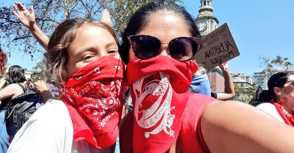 Por ti, Por mí, Por Todas!! #MadreHija #Marcha8M #8M2020 #DiaInternacionalDeLaMujer #NiUnaMenospic.twitter.com/x2tF3GEDIu