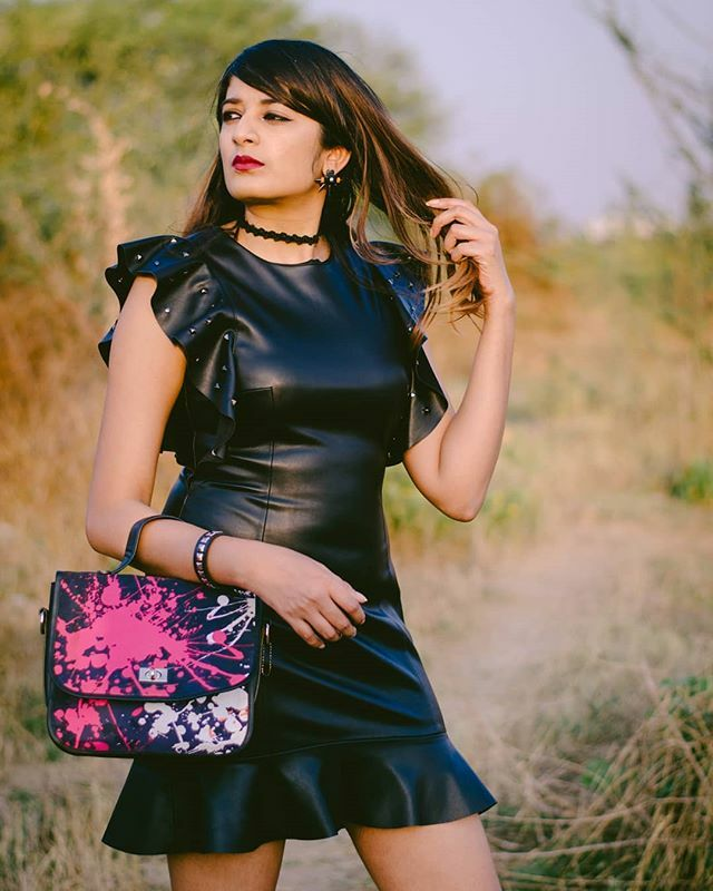 Leather's always the right answer.  @arna_photography_official . . . #satyapaul #leatherdress  #leatherfetish #leatherstyle #fashionista_east #statementdress #leatherstuff #trendingstyle #southasianstyle #hotfashion #hotandready #indianstylediaries … https://www.instagram.com/p/B9gZnYzBpl7/ pic.twitter.com/lRBsj93DxR