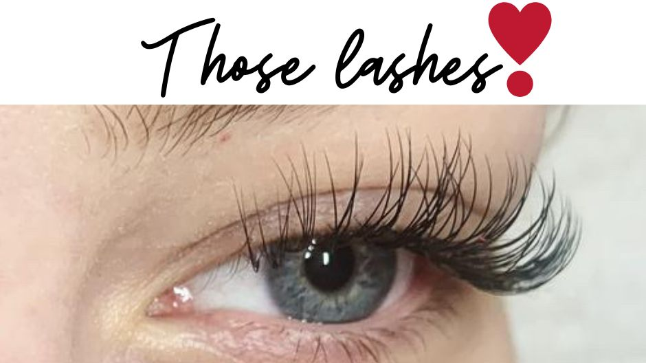 Classic lashes by Georgia £45 Full set. 01376 566920 or DM us to book! #classiclashes #lasheslove #bestlashes #parfaitvisagehairandbeautypic.twitter.com/BeGzftAKPb