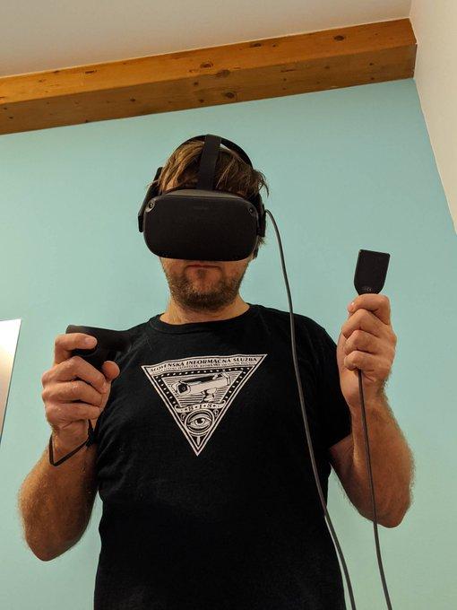 Trezor e integra dispositivo com realidade virtual