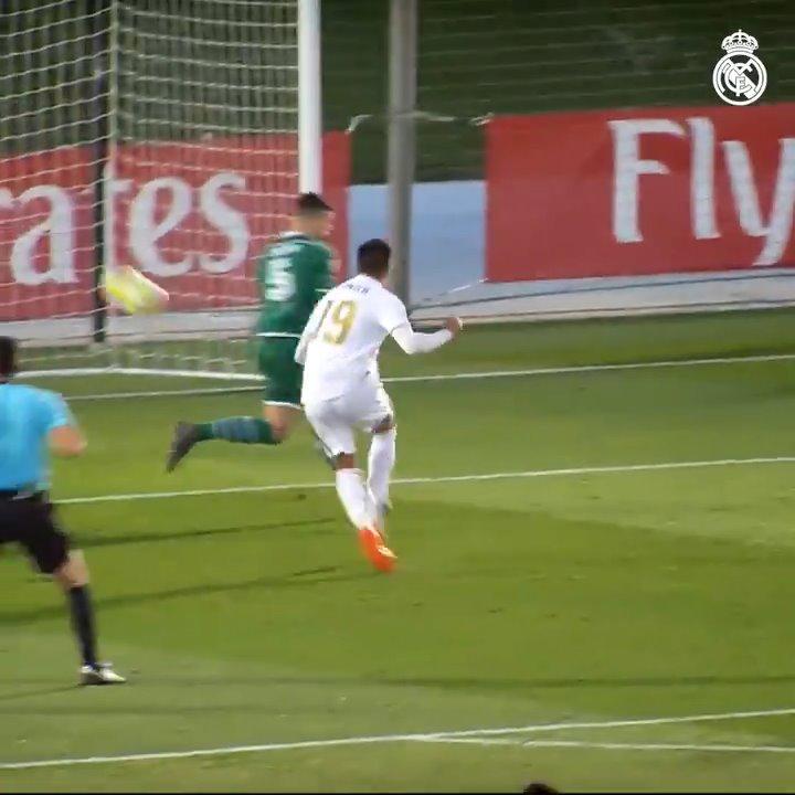 ⚡⚽ @ReinierJesus_19 estrenó su cuenta goleadora con el #RMCastilla... @lafabricacrm | #HalaMadrid