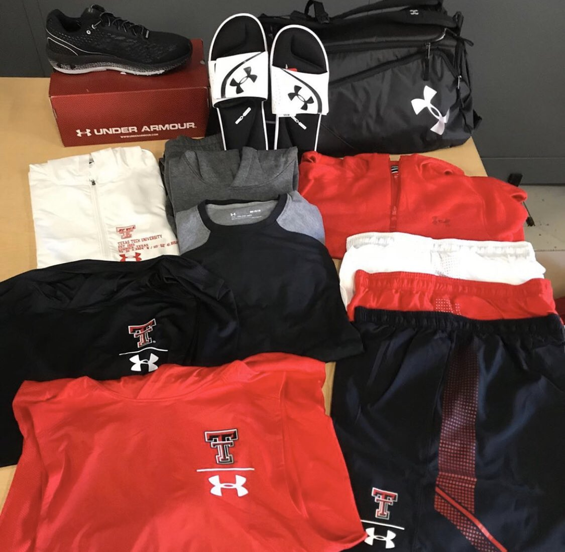 Swag bags for @TexasTechTF as they head to Nationals. #uniswag