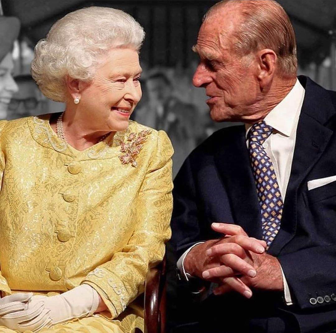 Qué te parecen lo tiernos que se ven la Reina Isabel II y el Príncipe  Felipe de Edimburgo con 73 años de matrimonio? ¡WAO! ¡... | TVN Panamá |  Scoopnest