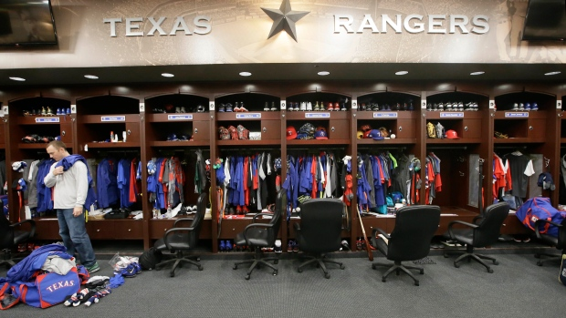 NBA, MLB, NHL, MLS closing locker rooms amid COVID-19 scare