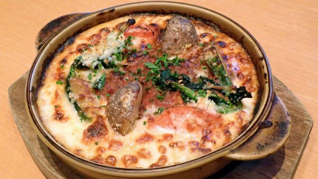 静岡のあの「さわやか」に行ってげんこつハンバーグを……食べない! という無闇な反骨精神を発揮した記事がこちらです。さわやかの梅しらす雑炊は、普通においしかったです。