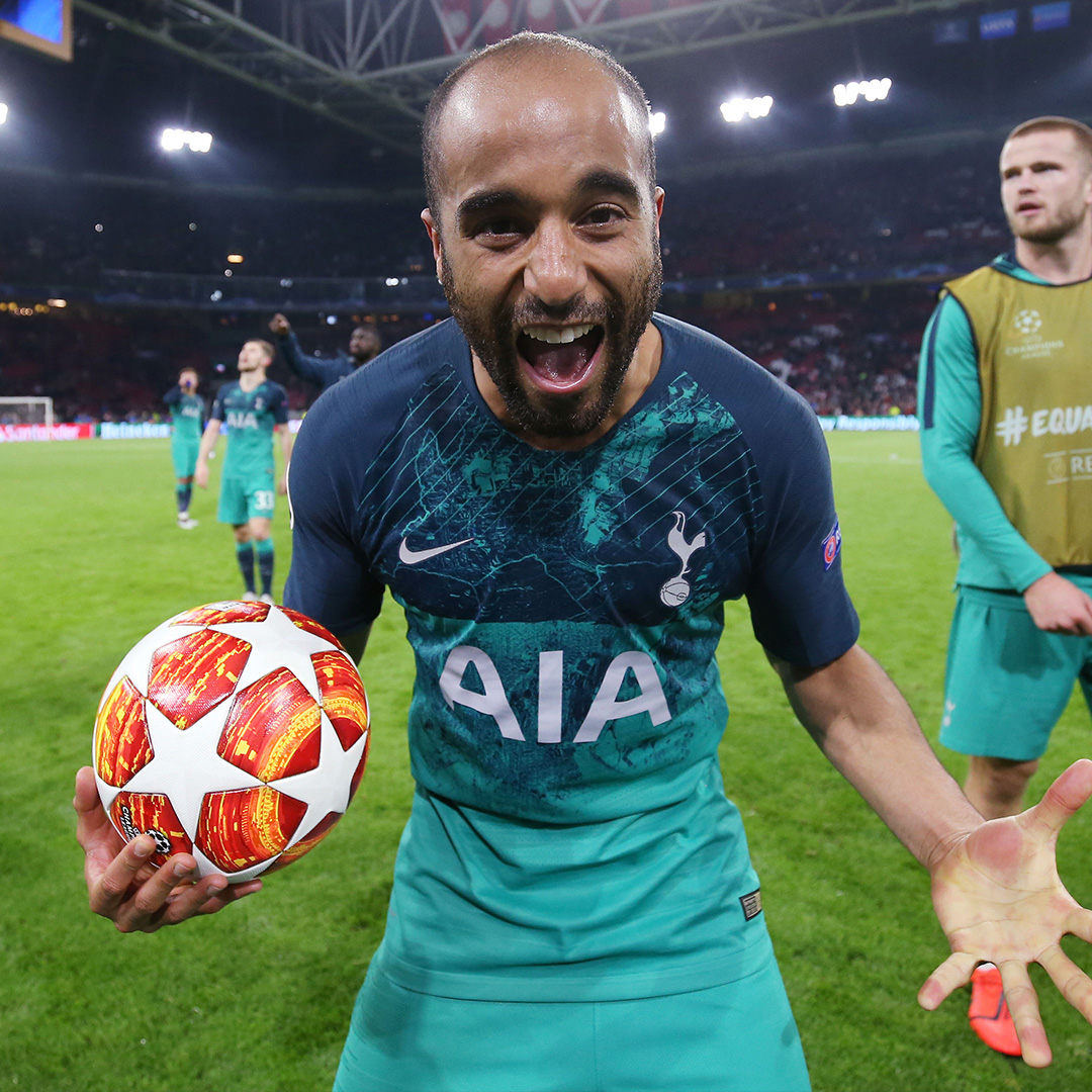 On this day in 2019, Tottenham were down 3-0 to Ajax on agg. at half-time of the UCL semifinal second leg.  55' Lucas Moura ⚽ 59' Lucas Moura ⚽ 90+6' Lucas Moura ⚽  One of the greatest Champions League comebacks ✨  (🎥: @SpursOfficial) https://t.co/YsmxJaMVo0