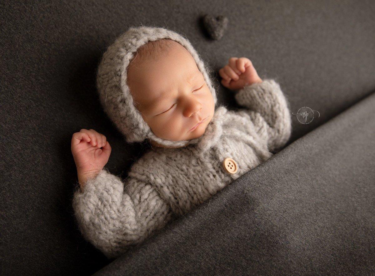 One of my favorites from Khalen's newborn session #yanchepphotographer #yanchep #perth #perthvibes  #newborn #newbornphotography #newborns #newbornboy #newbornphotographer #mumsofperth #maternityphotography #perthmums #perthnewbornphotographer #natashashawphotographypic.twitter.com/3hj6SdIBWg