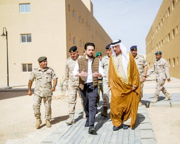 افتتاح مدينة محمد بن زايد للتدريب العسكري في الأردن ESwf0BKWkAAgMt-?format=jpg&name=360x360