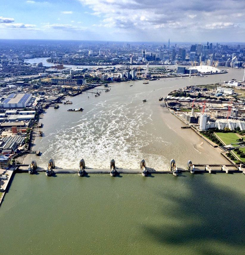 Due to the second highest tides of the year the #ThamesBarrier will be closing tonight (10th March from 22:30) and tomorrow (11th March from 11:30 to about 18:00). If you haven't seen the Barrier 'doing its thing' - try and pop along and see tripadvisor.co.uk/Attraction_Rev…