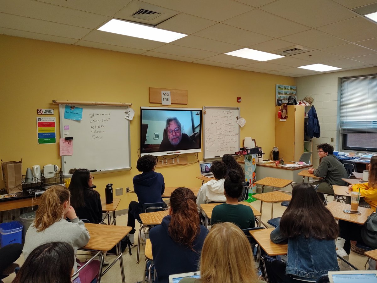 """WL students of IB Social Cultural Anthropology HL got the opportunity to Skype with Gordon Mathews, Professor of Anthropology at Hong Kong University and author of """"Ghetto At the Center of the World: Chungking Mansions, Hong Kong"""" <a target='_blank' href='http://twitter.com/APSsocstudies'>@APSsocstudies</a> <a target='_blank' href='http://twitter.com/GeneralsPride'>@GeneralsPride</a> <a target='_blank' href='https://t.co/Fg7loq15aj'>https://t.co/Fg7loq15aj</a>"""