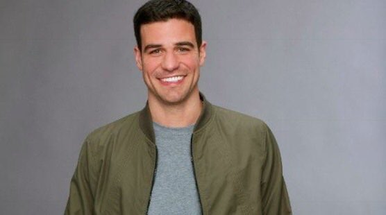 You know who would NEVER flip flop his decisions ... #TheBachelor