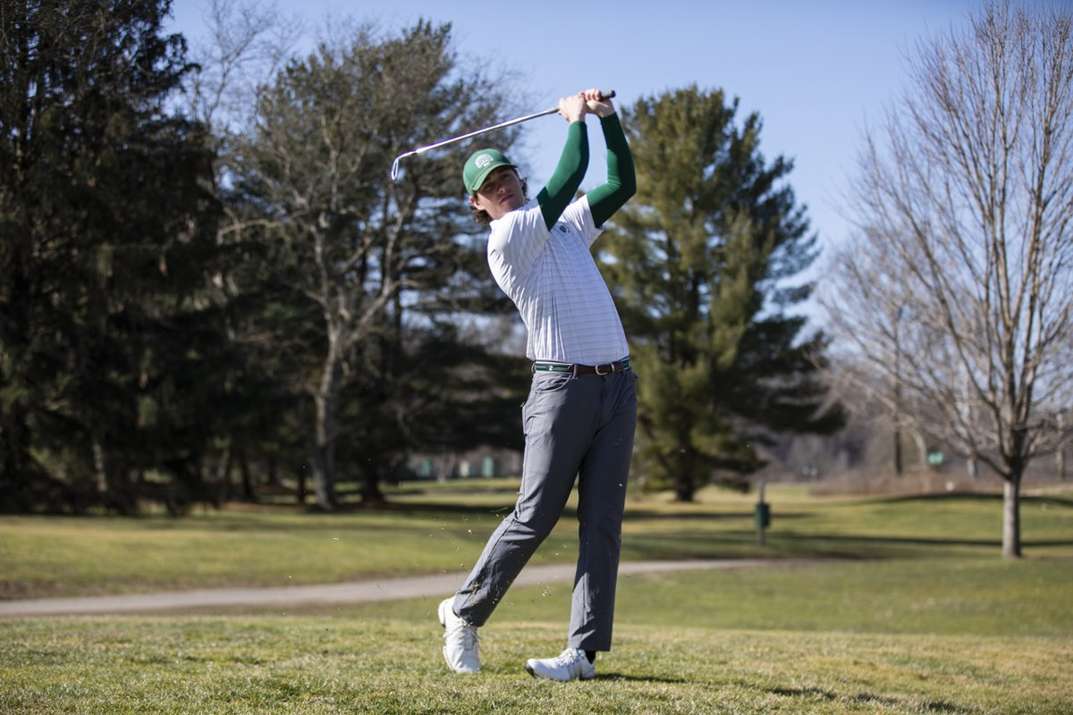 Junior Zach Crawford finished in a tie for ninth place to lead us at The Challenge at Concession.  📰 Recap ➡️ https://t.co/fZqygMfxJR  #BleedGreen https://t.co/MC9dDf2Vrn